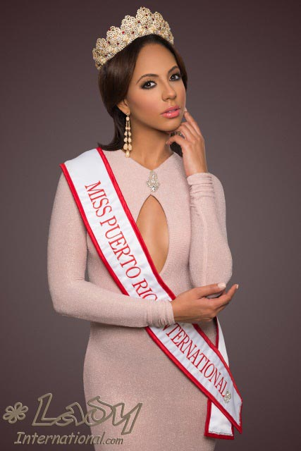 Miss International 2014 Valerie Hernandez