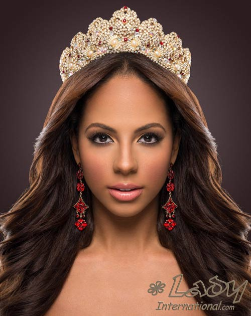 Miss International Valerie Hernandez